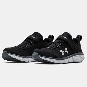 Under Armour Assert 8 Stay-Put Closure sneakers